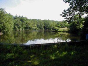 Le Touroulet vanaf de dijk bekeken